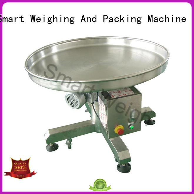 Smart Weigh durable output conveyor with good price for food labeling